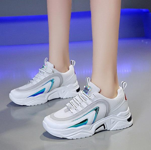Sepatu Wanita Warna Putih Model Terbaru Tahun 2020 Asli Impor 4