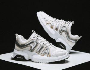 4 Fakta Menarik Tentang Sepatu Sneakers